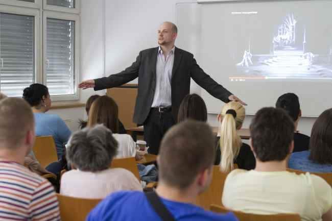 Moltopera at universities